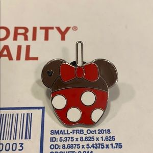 Disney Minnie Mouse candy apple 🍎 pin